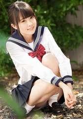 ■瀬名きらり■セーラー服姿 とても可愛い 生写真(即決)2