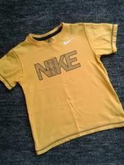 NIKEナイキ★半袖Tシャツ(120/濃黄×紺ロゴ)