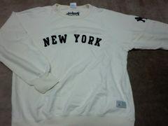 ユニクロ L ヤンキース トレーナー ニューヨーク
