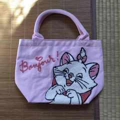 ディズニー・おしゃれキャットマリーちゃんサガラ刺繍バッグ