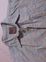 110 少し厚みのあるシャツブラウス