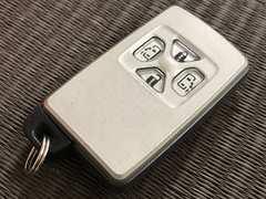 トヨタ ヴォクシー 70系 スマートキー 4ボタン 両側スライドドア