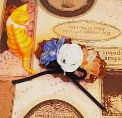 モバオクで買える「ハンドメイド*・゚3輪Flowerブローチ*大人可愛/薔薇/blackリボン」の画像です。価格は770円になります。