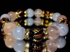 守り本尊十二支本字オニキス§ブルーレース§ローズクォーツ10ミリ金ロンデル数珠