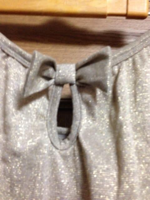 新品★3Lサイズ★コールドラメリボンデザイン長袖チュニック < 女性ファッションの