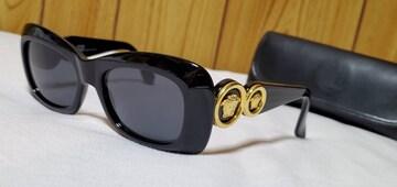 正規レア ヴェルサーチ ヴィンテージ 2連メデューサロゴサングラス黒 ラグジュアリーエンブレム
