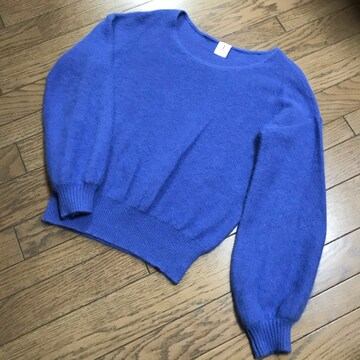 アダムエロペきれいブルー青ボリューム袖ふわふわアンゴラニット