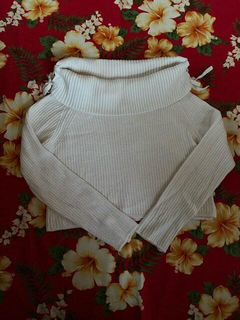 美品☆ダズリン☆ホワイトリボン薄手セーター☆  < ブランドの