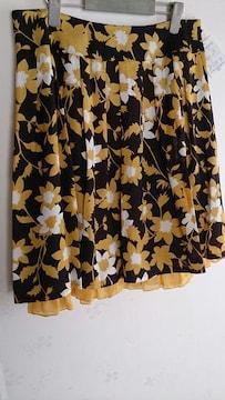 大きいサイズ☆新品☆膝丈花柄スカート♪W80