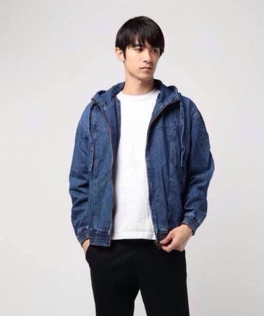 新品タグGUESS日本限定/デニムジーンズジャケットアウタートップ < ブランドの