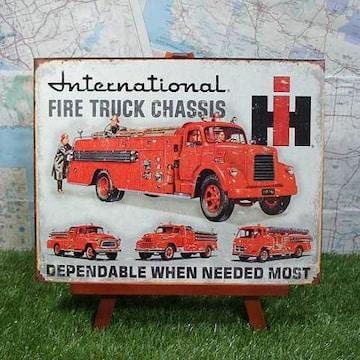 新品【ブリキ看板】消防車 International Harvester