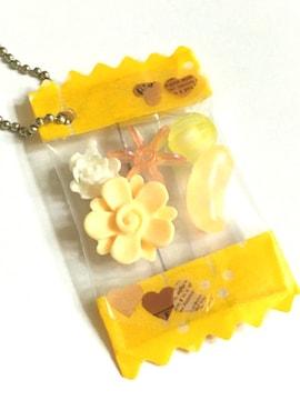 100スタ.お菓子のキャンディキーホルダー、ハンドメイド