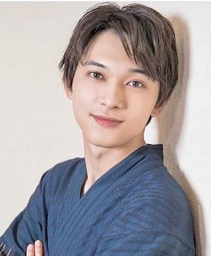 【送料無料】吉沢亮 厳選写真フォト10枚セット H