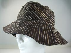 美品ボッテガヴェネタコットンハット帽子57 黒系