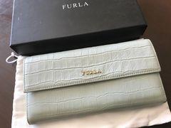 フルラ FURLA 水色 長財布