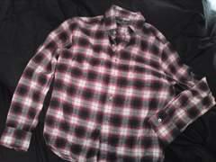 赤チェックネルシャツ