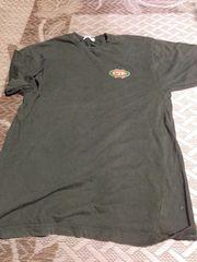 160センチ用? 深緑の半袖シャツ