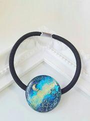 宇宙と月と星のヘアゴム  レジン  ハンドメイド