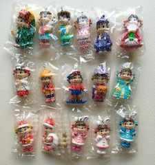 ◆ミニミニペコちゃん 楽しい記念日のペコポコ人形マスコット