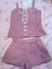 〓赤色チェック柄にフロント編み上げが可愛い〓 キャミ&パンツ セット 新品未使用