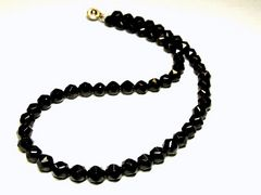 高級パワーストーン!!ブラックスピネルスターカット10ミリ数珠ネックレス