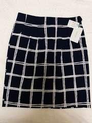 新品未使用タグ付き!格子柄タイトスカート☆チェック紺色