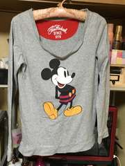 Mickey Mouseプリント長袖ロンTサイズM