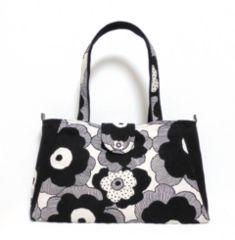 ◆北欧モダンモノトーン花×両サイド黒地◆ファスナーポケット付�Awayトートバッグ