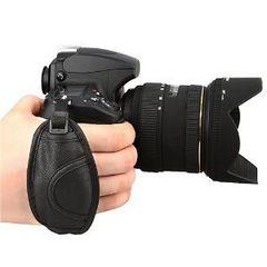 手ブレを軽減! グリップストラップ カメラをベルトで手首を固定