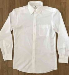65■UNIQLO カジュアル ホワイト ボタンダウンシャツ Sサイズ