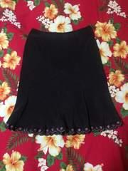 レストローズ☆濃茶☆マーメイド型スカート☆裾お花刺繍☆