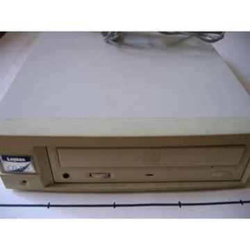 ロジテック(CD-R6倍速CD-RW4倍速)SCSIタイプ LCW-R6432