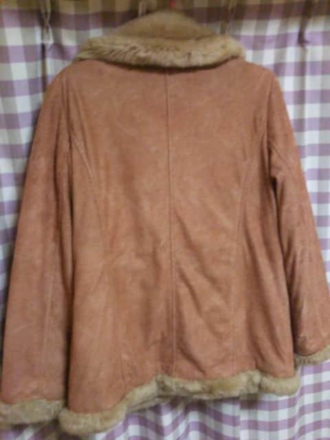 ★bossy hill オシャレデザイン スエードタイプ ジャンバー ジャケット サイズM★ < 女性ファッションの