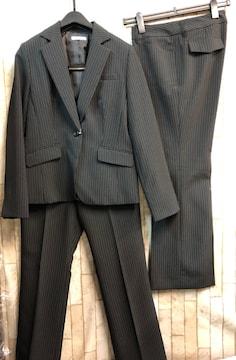 新品☆11号股下72黒ストライプ2パンツスーツお仕事洗えるn992