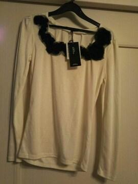 ジャイロホワイト★新品タグ付きM 胸元チュールコサージュ付き