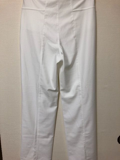 新品 白ストレッチありパンツ 2Lサイズ レタパ360 < 女性ファッションの