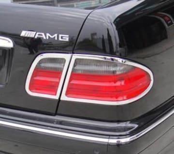 クロームメッキテールライトリング W210