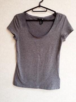 新品!H&MシンプルTシャツ