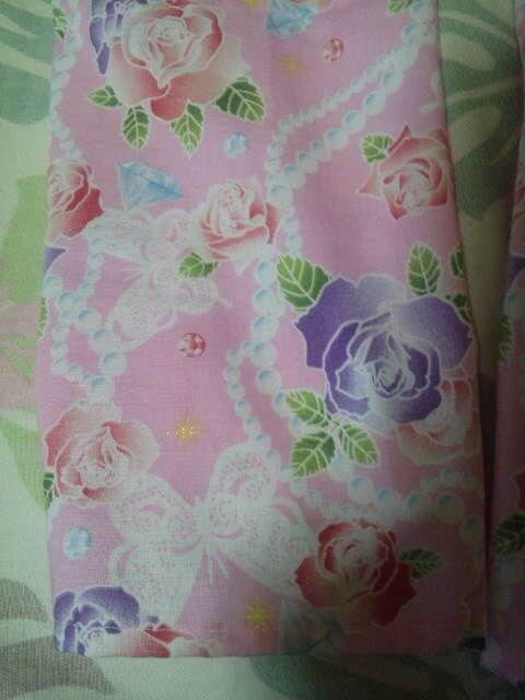 ☆処分品ピンク×薔薇蝶パール柄ダボシャツ&股引130 < キッズ/ベビーの