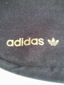 adidas アディダス シンプル ショルダーバッグ 手提げ BAG ブラック 3本線