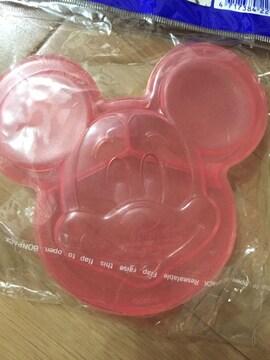 ミッキーマウス 3つに仕切られたミニタッパー  ピンク 小分け