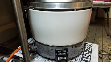 値下げ 超美品 Rinnai 業務用 ガス炊飯器 6.0(3升)LPガス