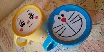 ☆送料無料☆ドラえもん☆ドラミちゃん可愛いマグカップ2個