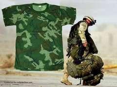 デジタル迷彩カモボデイフィットTシャツ新品  Bmaps Camoflage ミリタリカモ