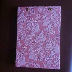 新品イタリア製ミケリウスのノート(ジョルディ・ラバンダ)レリーフ ピンク色