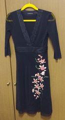 ヴィヴィアンタムワンピース サイズ0 お花刺繍