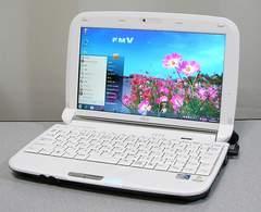 美品ホワイト*即使えるWin7/Webカメラ/LEDワイド液晶/Wi-Fi*富士通ミニノート