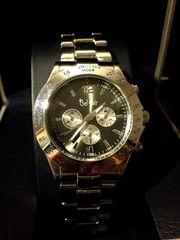 年代を選ばないデザイン♪クールな黒のメンズ腕時計★Club Face2