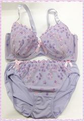★ブーケ柄刺繍♪ブラ&ショーツセット E95 (パープル)