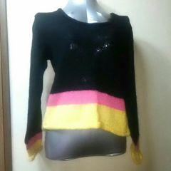 used美品★ポイントカラーの個性派セーター